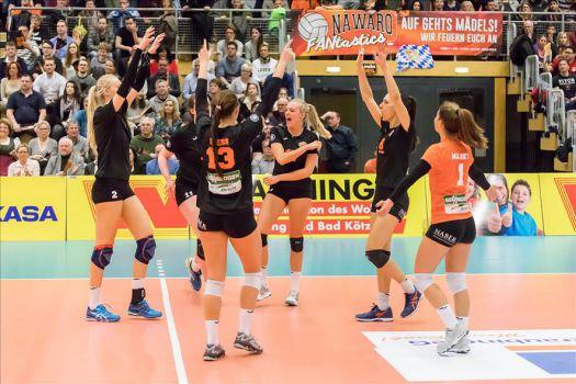 Die Mädels von NawaRo Straubing streben den Aufstieg in die 1. Bundesliga an. © VBL