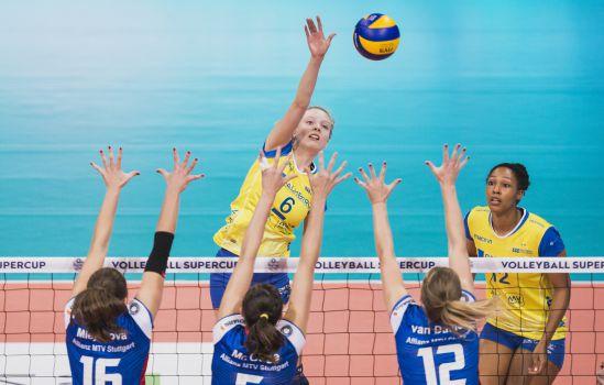 Die Teams vom SSC Palmberg Schwerin & Allianz MTV Stuttgart sind heiß auf die Finalserie. © Sebastian Wells