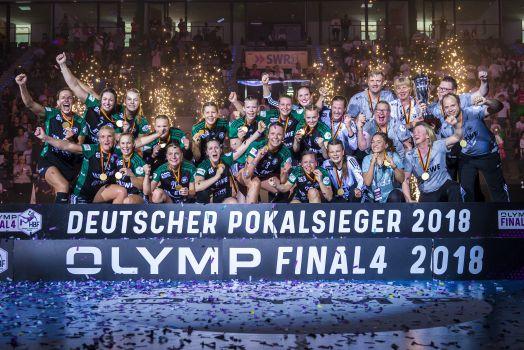 1981, 2009, 2012 ... 2018! Der VfL Oldenburg gewinnt das Pokal-Finale gegen Bietigheim. © Marco Wolf