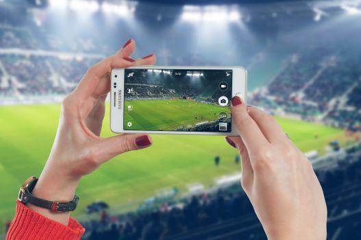 Die Fußball Bundesliga der Frauen startet mit sieben Liveübertragungen in die Saison. © privat