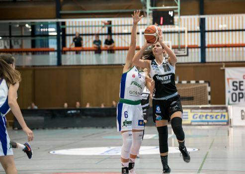 Die serbische Nationalspielerin in Diensten der XCYDE Angels Aleksandra Racic hatte einen werferischen Sahnetag erwischt. Mit ihren 17 Punkten war sie maßgeblich am ersten Saisonsieg gegen Göttingen beteiligt. © Martin Fürleger