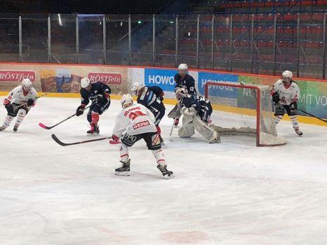 Gegen die Eisbären Juniors Frauen holten die Memmingen Indians sechs Punkte. © ECDC Memmingen