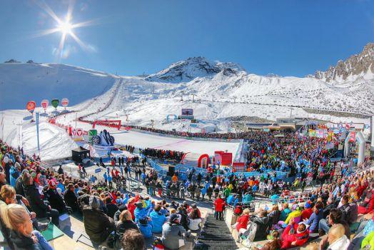 Beim Weltcup Opening in Sölden geht auch Viktoria Rebensburg auf die Riesenslalom-Strecke. © Ötztal Tourismus