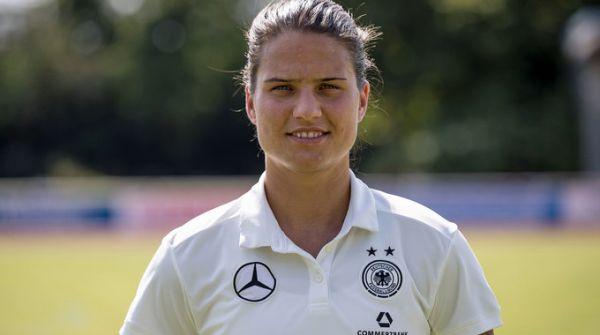 Nach einer gesundheitlichen Pause steht Dzsenifer Marozsan wieder für die DFB-Frauen auf dem Rasen. © DFB