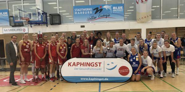 Siegerpodium beim Kaphingst-Cup 2019 in Marburg (von links): Platz 2: TK Hannover, Platz 1: Giro-Live Panthers Osnabrück, Platz 3: BC Pharmaserv Marburg. © Ulrich Semler