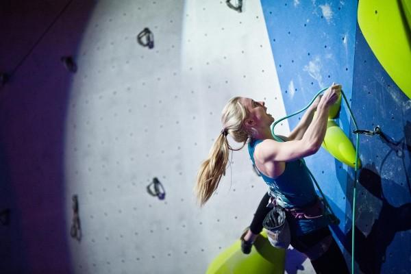Lucia Dörffel ließ die Konkurrenz bei der DM in Hilden hinter sich. © DAV/Vertical Axis