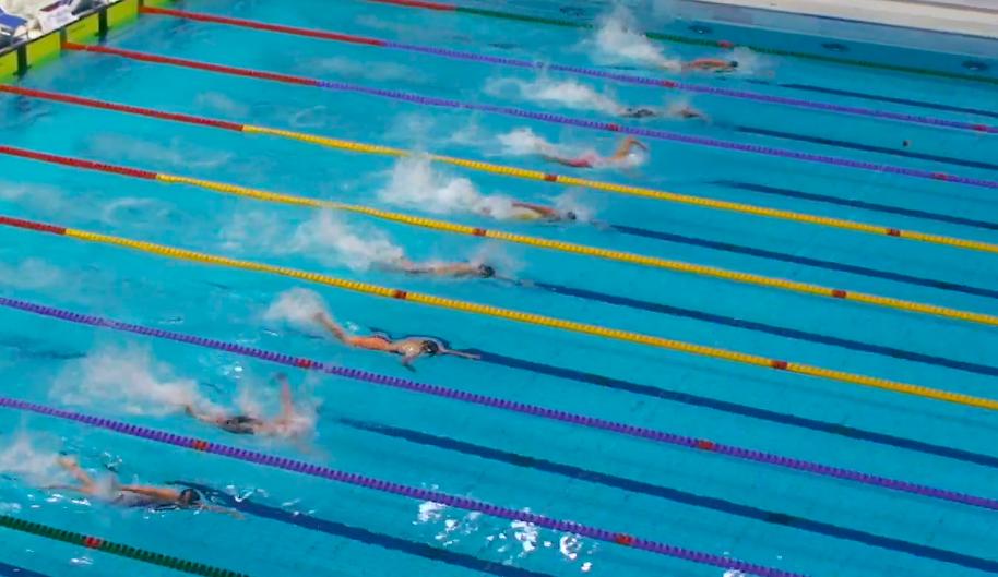 Spannende Kämpfe bei der Deutschen Meisterschaft im Schwimmen in Berlin. © Screenshot