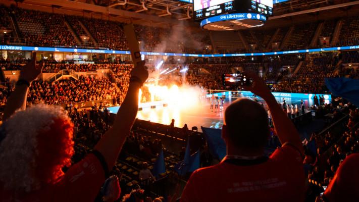 Vier Teams kämpfen um den Einzug ins DVV-Pokalfinale in der SAP Arena in Mannheim. © Conny Kurth