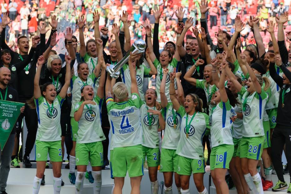 Seit 2014 hat der VfL Wolfsburg den DFB Pokal nicht mehr abgegeben. © El Loko Foto - Eigenes Werk, CC-BY 4.0