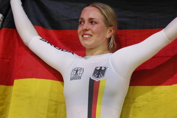 Dreimalige Weltmeisterin Emma Hinze bei der Bahn WM 2020 in Berlin. © BDR