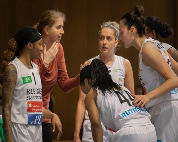 Juliane Höhne hat selbst eine Profikarriere im Basketball hinter sich. © Stefan Urbitsch