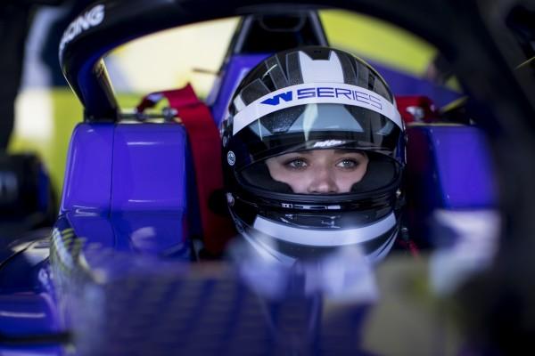 Die W Series wollen mehr Frauen in den Motorsport bringen. © W Series