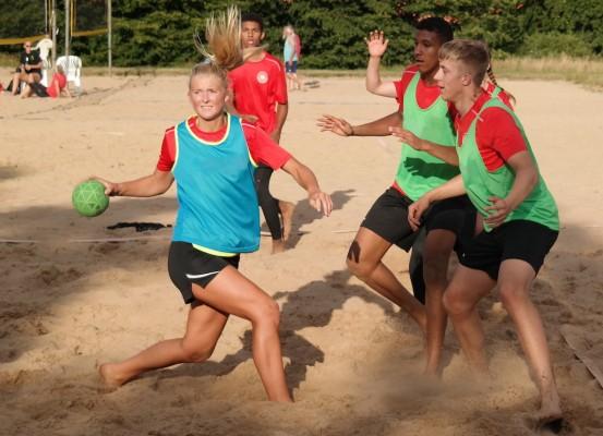 Lotta Woch beim Stützpunkttraining in Bremen – die Männer- und Frauen-Nationalmannschaften trainieren hier gemeinsam. © Julia Nikoleit