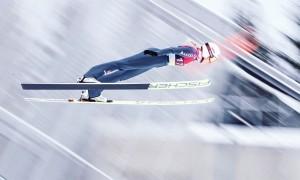 Svenja Würth springt in dieser Saison auch in der Nordischen Kombination. © privat