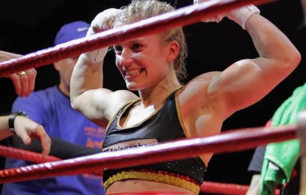 Tina Rupprecht käpmft sich in die Boxgeschichte. © Tina Rupprecht