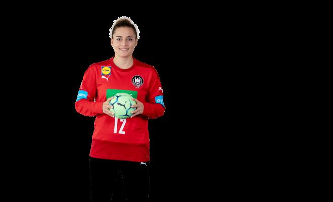 Dinah Eckerle blickt positiv auf das erste Spiel gegen Rumänien. © Sascha Klahn/Christian Klein