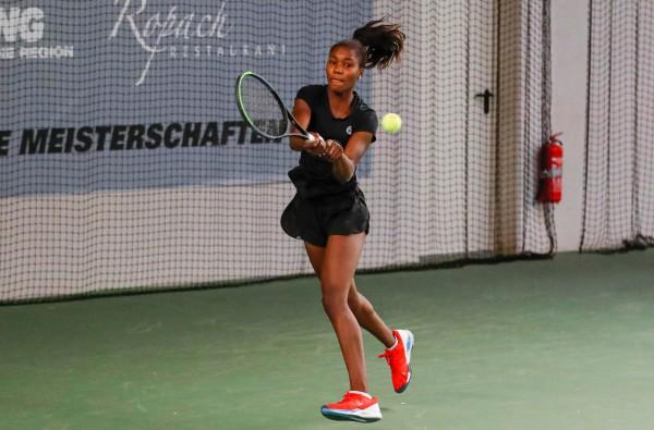 Noma Noha Akugue triumphiert bei der Tennis DM 2020. © DTB/Mathias Schulz