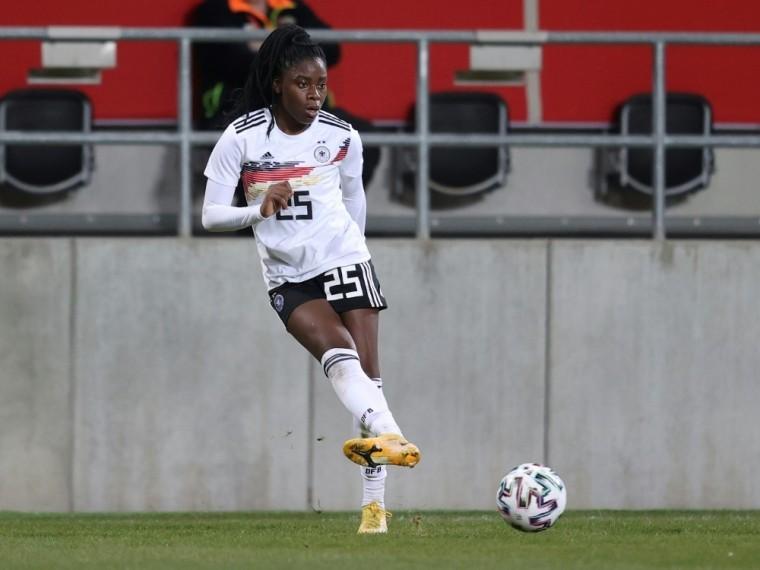 Nationalspielerin Nicole Anyomi wechselt zur SGE