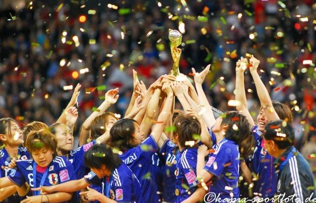 Japan wird 2011 Weltmeister im Frauenfußball. © Marion Kehren / Kapix Sportfoto