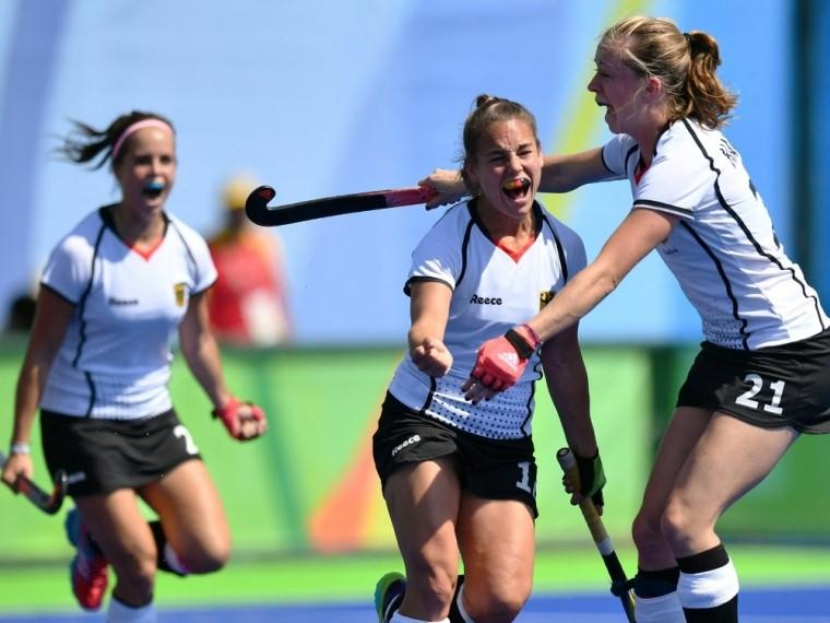 Das deutsche Hockey-Team der Frauen siegt gegen Indien