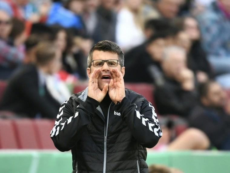Scheuer fordert Professionalisierung des Frauenfußballs