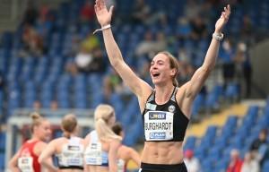 Alexandra Burghardt durfte über Titel und Olympianorm jubeln. © DLV/Benjamin Heller