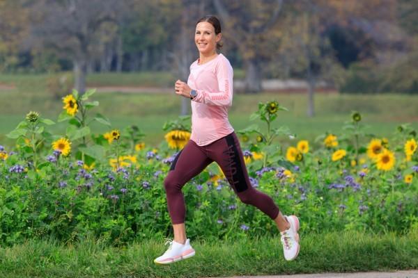 Sabrina Mockenhaupt gibt in ihrem neuen Buch Lauftipps. © laufen.de/Norbert Wilhelmi