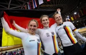 Emma Hinze (v.l.), Pauline Grabosch und Lea Friedrich waren die erfolgreichsten Radsportlerinnen 2020. © BDR