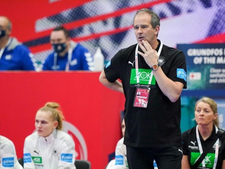 Henk Groener plagen Personalsorgen vor WM-Play-offs