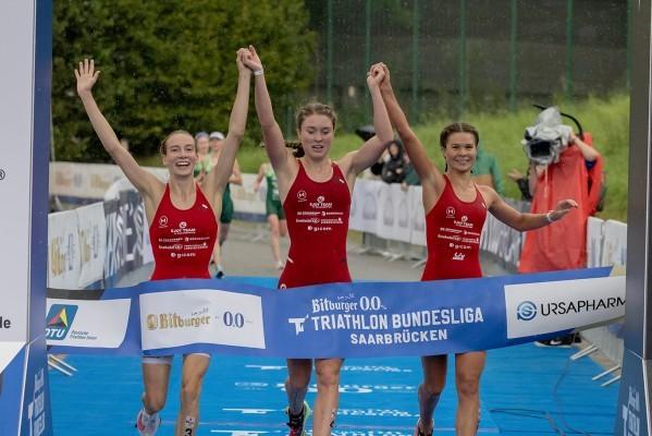 Der TV Buschhütten sicherte sich den Titel der Triathlon Bundesliga 2021. © DTU/Jo Kleindl