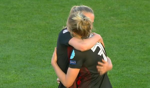 FC Bayern Frauen jubeln gegen Chelsea. © Screenshot Youtube FC Bayern München