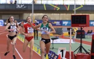 Gesa Krause läuft zu ihrem ersten Titel über 1.500 Meter. © Theo Kiefner