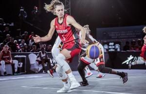 Theresa Simon wird mit den 3x3-Damen um das Olympia-Ticket spielen. © FIBA
