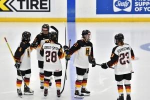 Die deutschen Eishockey-Spielerinnen stehen im Viertelfinale. © DEB