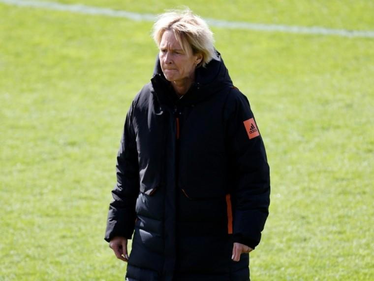 Martina Voss-Tecklenburg setzt sich für faire Löhne ein