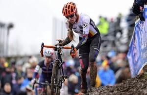 Elisabeth Brandau kam ohne Radwechsel durch das Rennen. © BDR