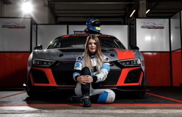 Sophie Hofmann (22) startet 2021 in der DTM Trophy. © Alexander Trienitz