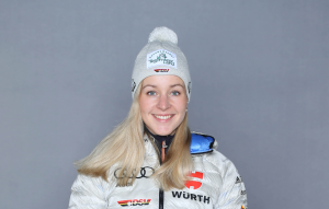 Stefanie Scherer holt Gold in der Single Mixed Staffel. © DSV